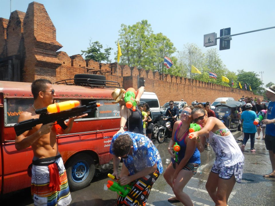 songkran gate